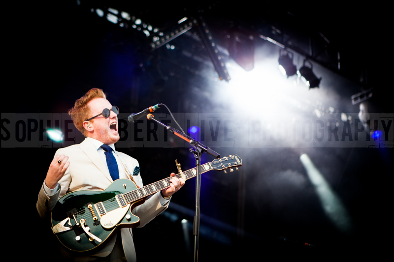Cabaret Vert - Two Door Cinema Club - 2013